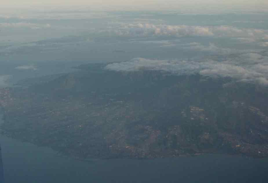 060307-air-2.jpg
