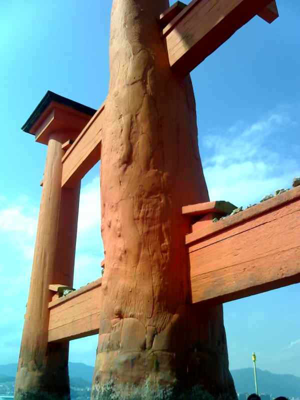 082607-torii.jpg