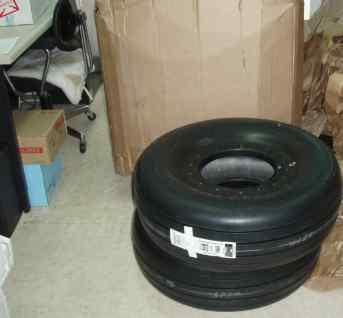 c208-tire.jpg